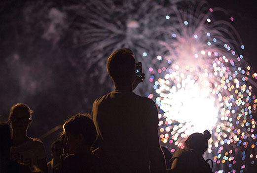Feuerwerke in Kiel – Eine Konsumkritik